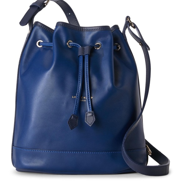 dd5663262b52 Longchamp Handbags - Longchamp 2.0 Medium Leather Bucket Bag in Navy